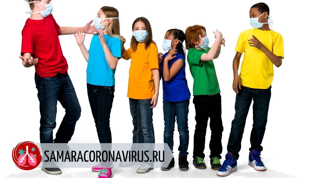 Нужно ли носить маску во время эпидемии коронавируса: мнение профессора